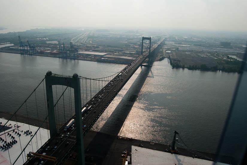 philadelphia bridge from a helicopter