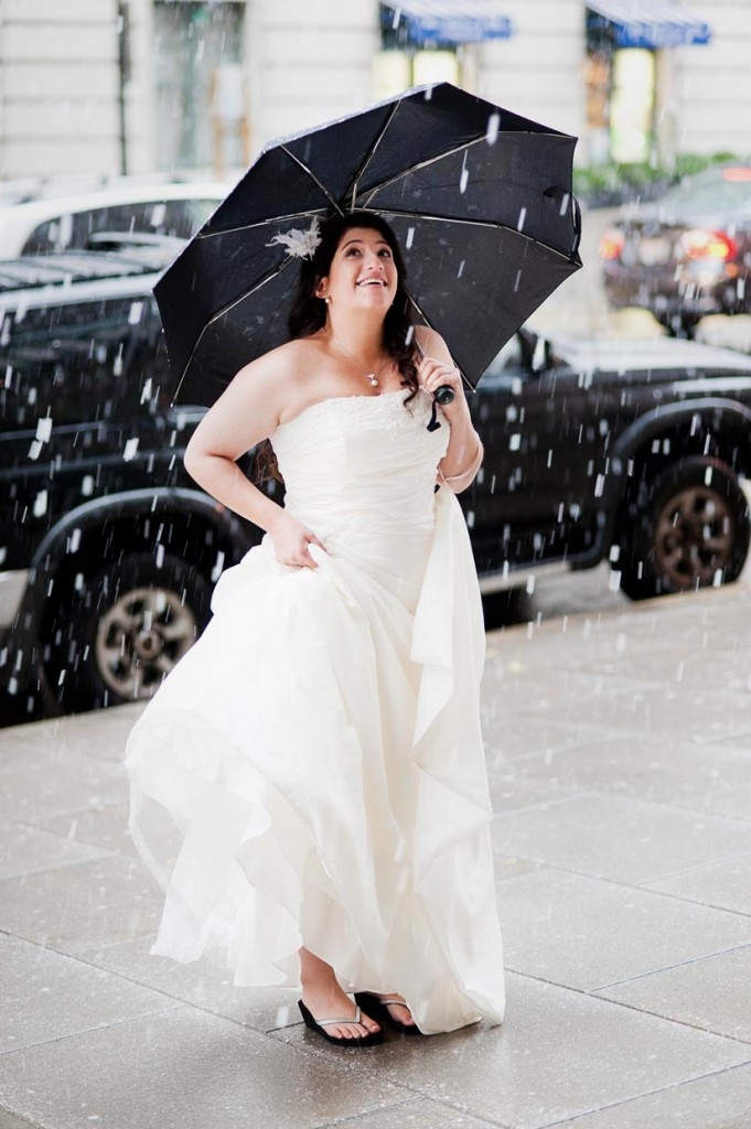 beautiful bride in the snow, downtown dc