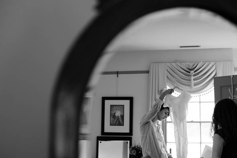 bride getting ready at woodlawn manor wedding