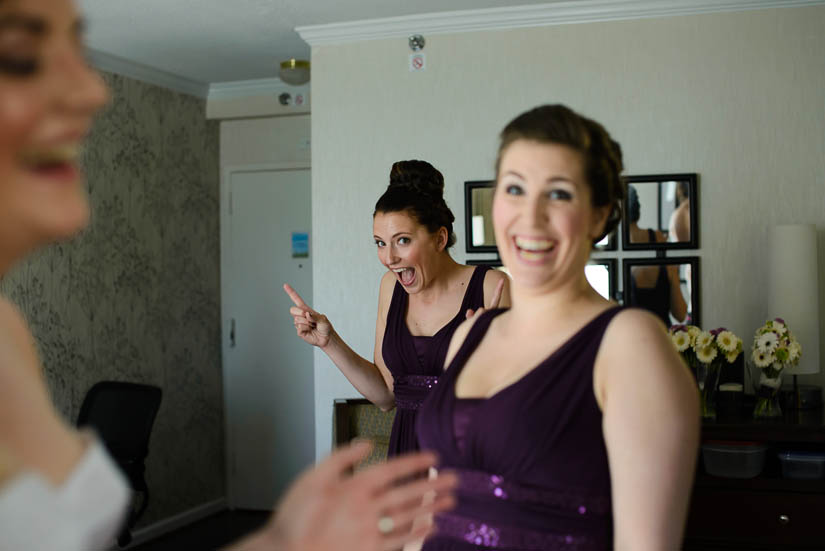 getting ready at the Crowne Plaza Crystal City wedding