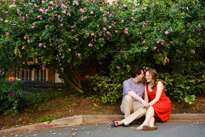 engagement photos on georgetown campus