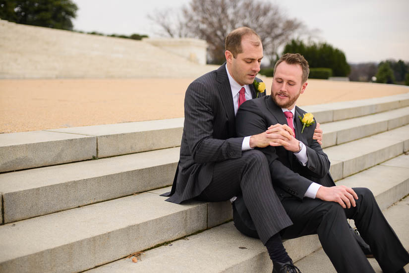gay-wedding-jefferson-memorial-washington-dc-13